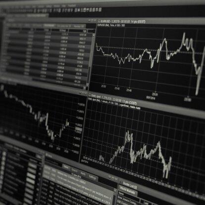 ヘッジファンドを資産運用に活用するべきか?
